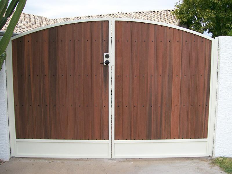 Mesa Series Gates Dcs Pool Barriers