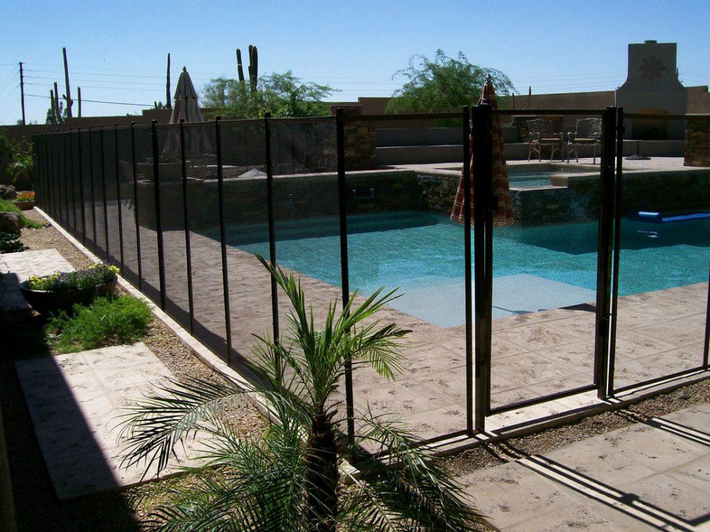 Mesh pool fencing dcs barriers