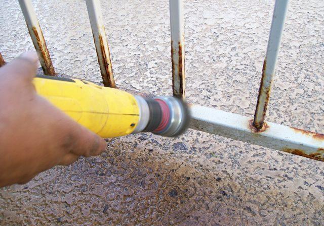 Fence-Repair021