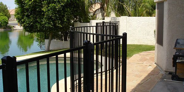 pool fencing glendale